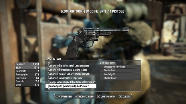 scratchy-old-black-44-revolver-fallout4mods